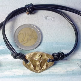 e722-004-  Bronze  and black leather sailor'sbracelet with an Anchor